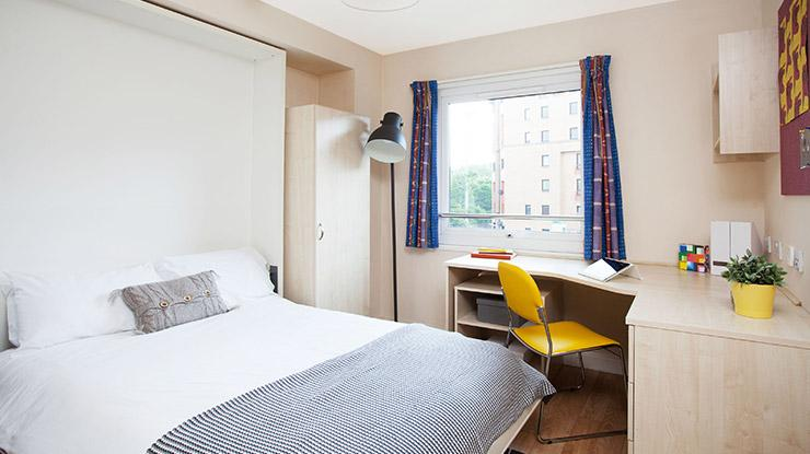Blackfriars (Short stays available)